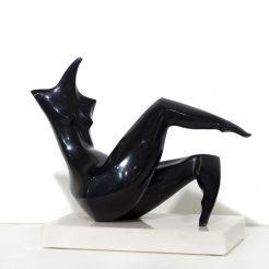 Isaac Kahn_ Reclining Woman_ Bronze - 45 x 50 cm - 8A